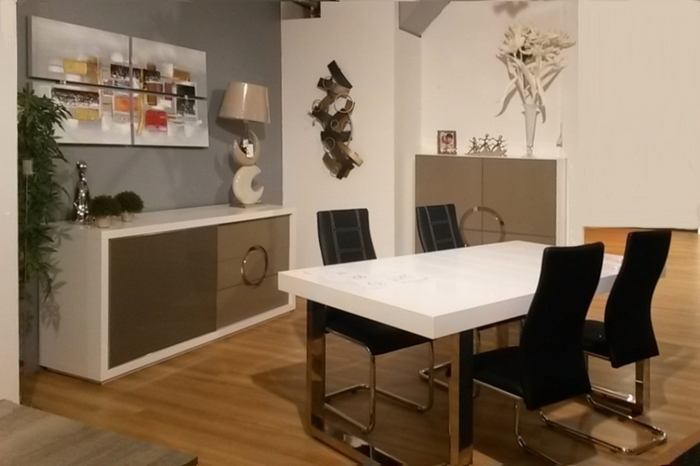 venez voir nos nouvelles salles manger meubles meyer. Black Bedroom Furniture Sets. Home Design Ideas