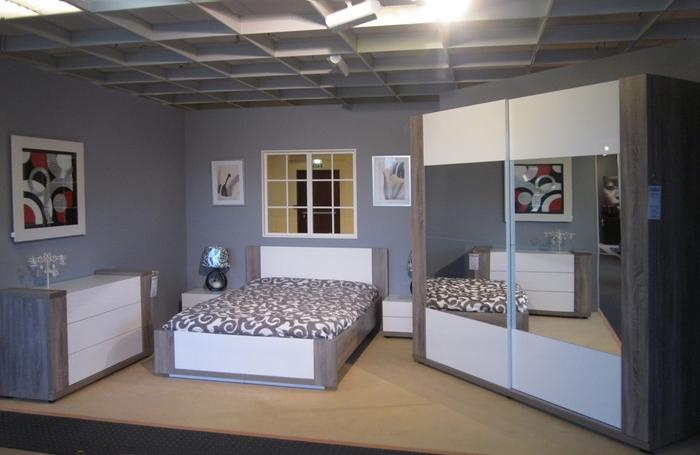 venez voir nos nouvelles chambres coucher meubles meyer. Black Bedroom Furniture Sets. Home Design Ideas