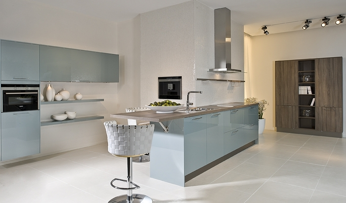 magnet kitchens astral blue cuisines design et contemporaines meubles meyer 641